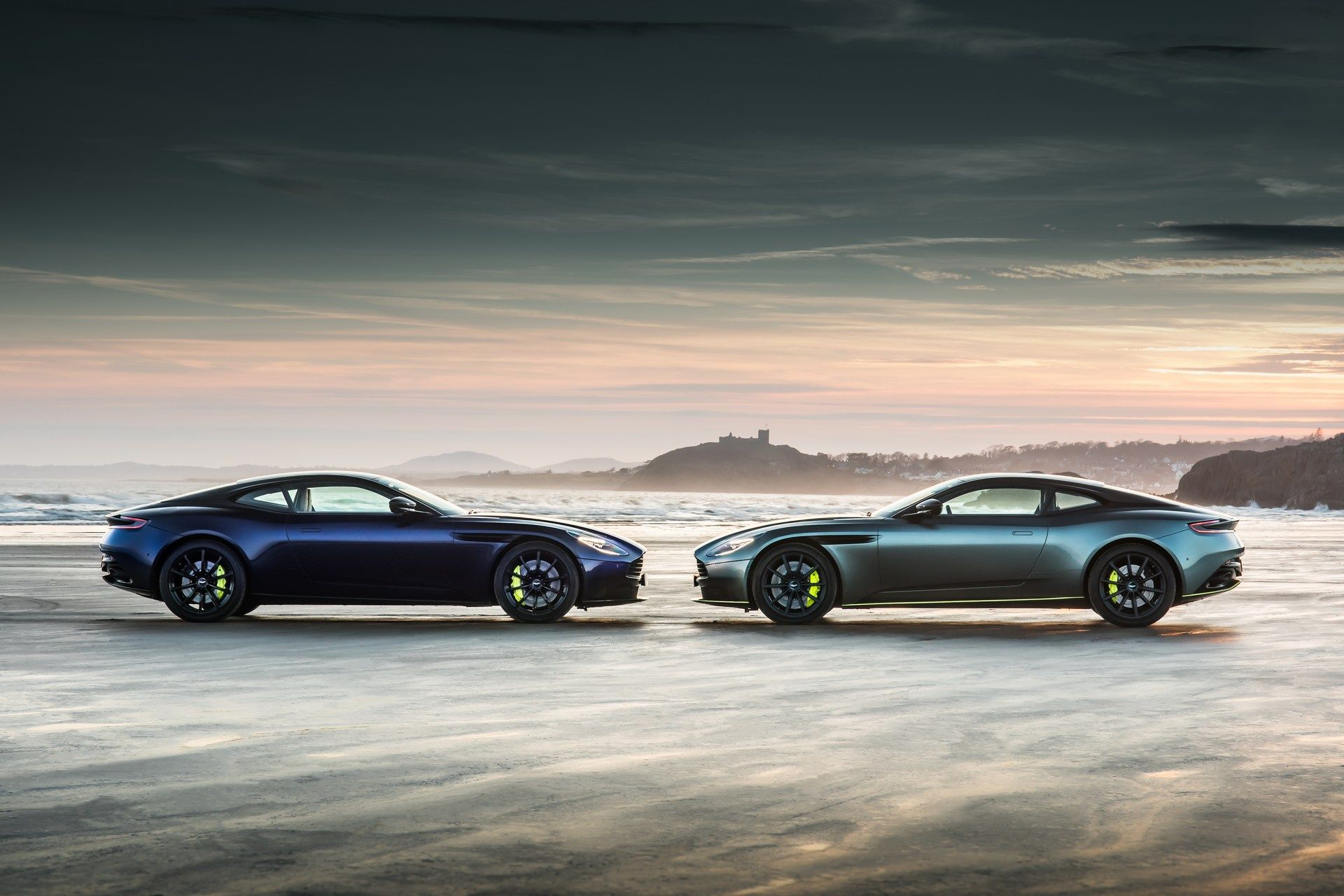 Aston-Martin-DB11-AMR-19