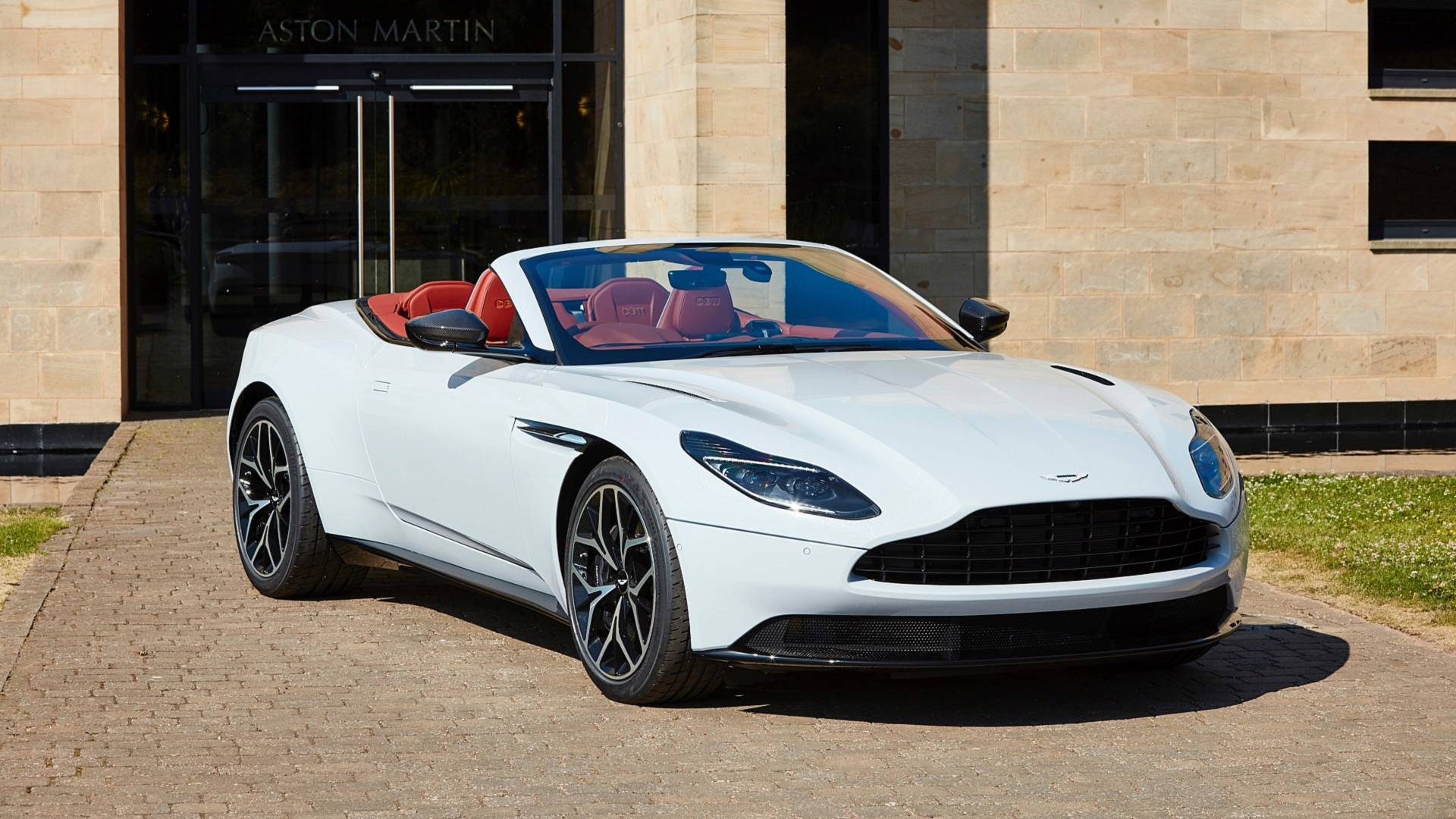 q-by-aston-martin-special-editions (3)
