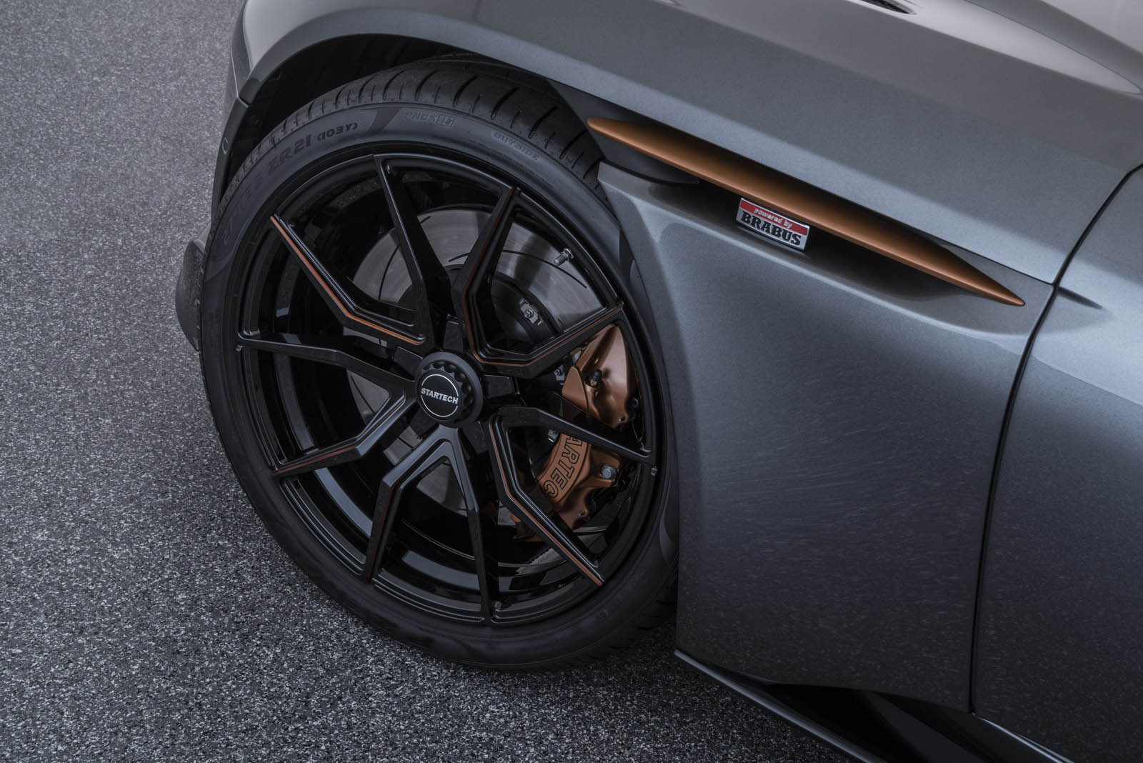 Aston Martin DB11 V8 by Startech (12)