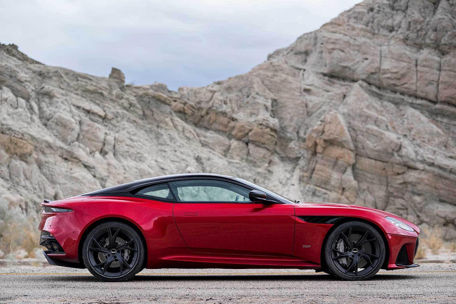 Aston Martin DBS Superleggera 2019 (10)