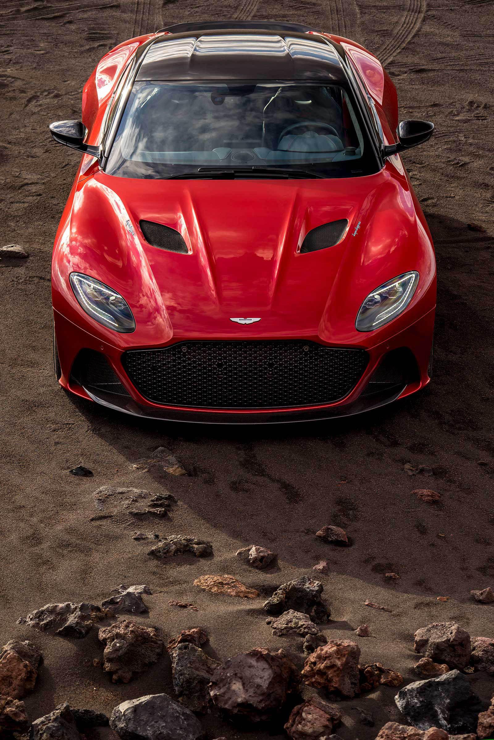Aston Martin DBS Superleggera 2019 (17)