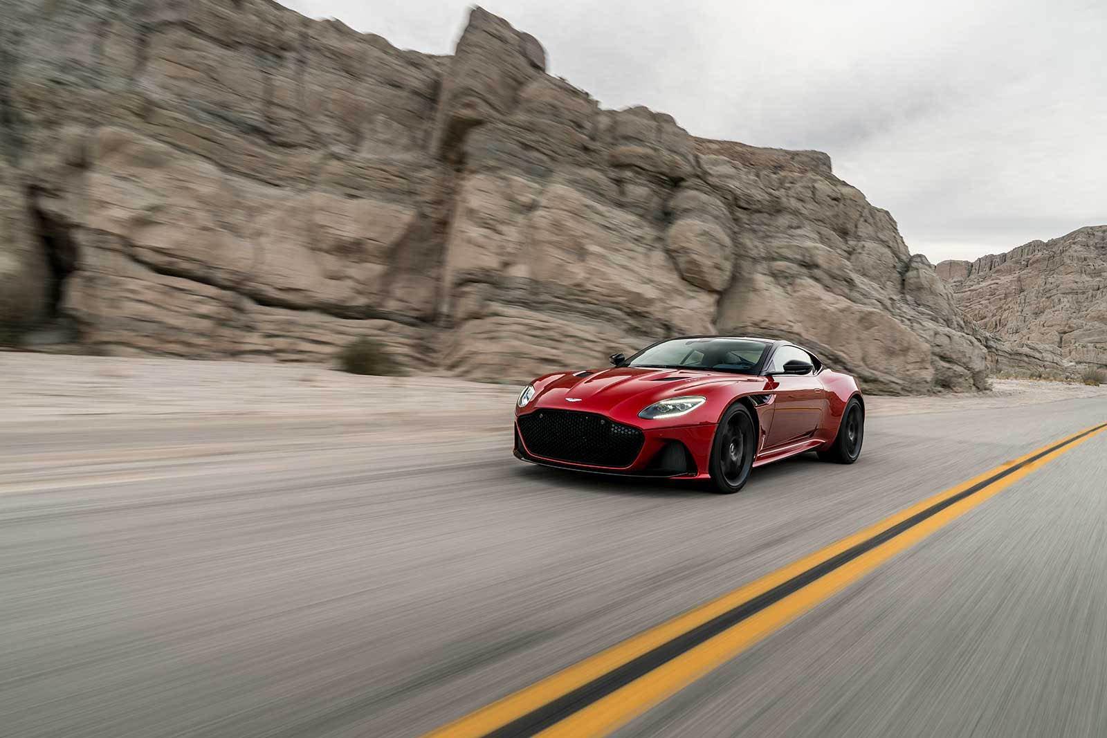 Aston Martin DBS Superleggera 2019 (2)
