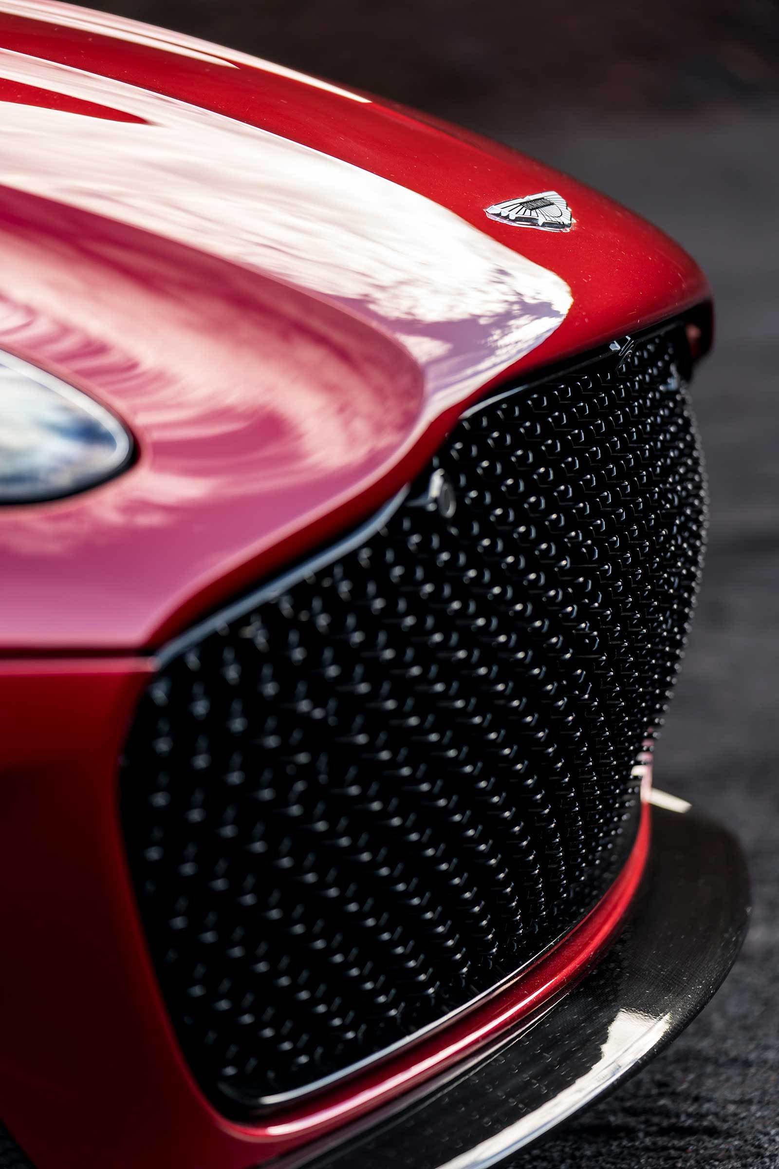 Aston Martin DBS Superleggera 2019 (20)