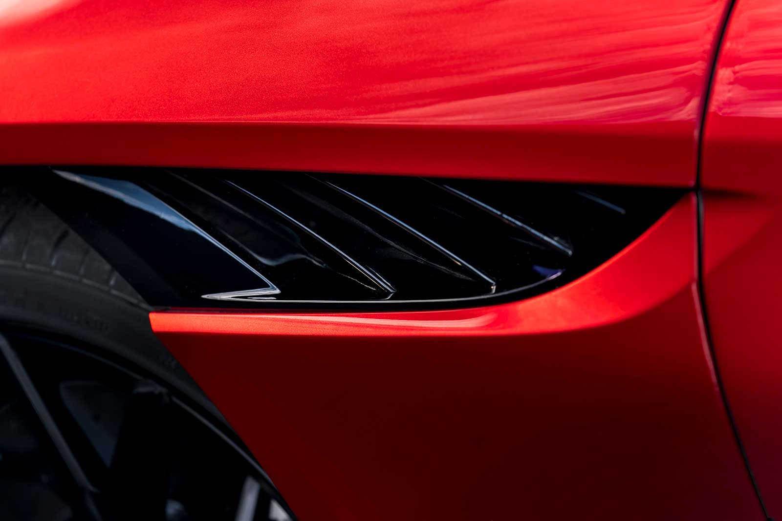 Aston Martin DBS Superleggera 2019 (24)