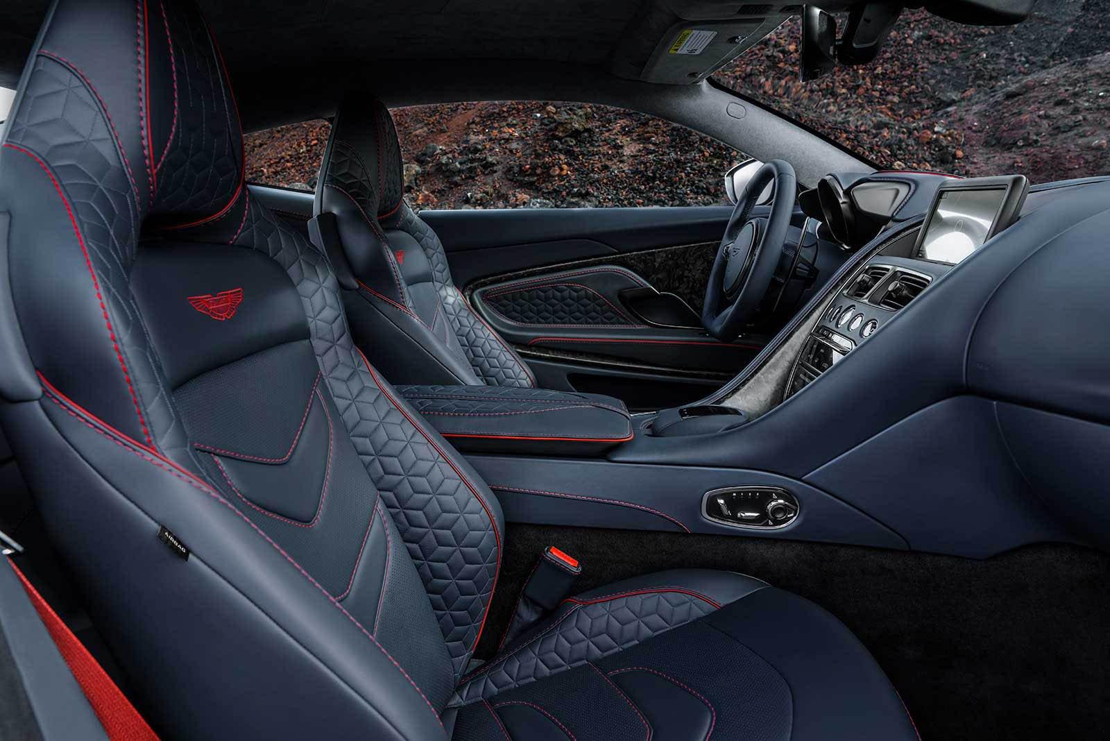 Aston Martin DBS Superleggera 2019 (26)