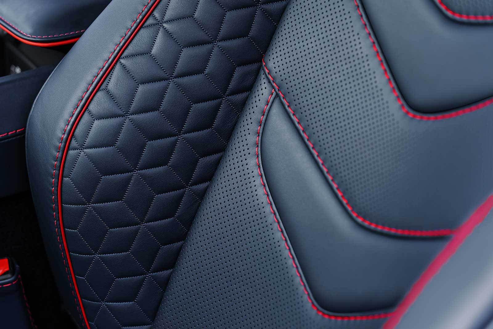 Aston Martin DBS Superleggera 2019 (28)