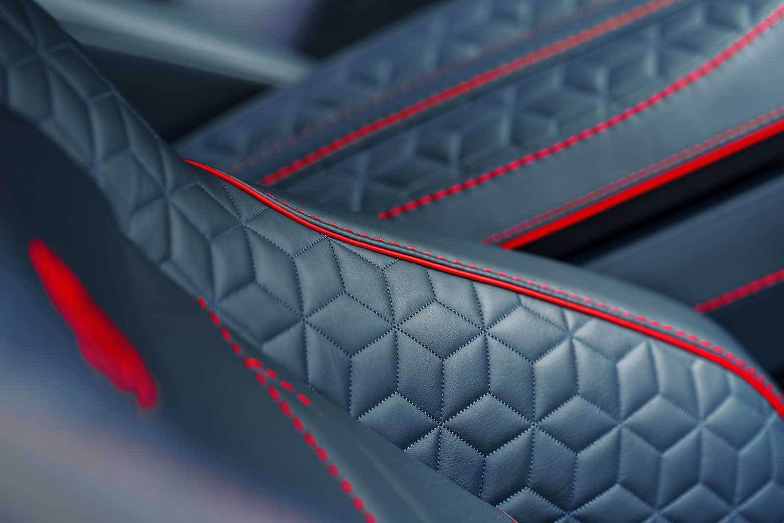 Aston Martin DBS Superleggera 2019 (30)