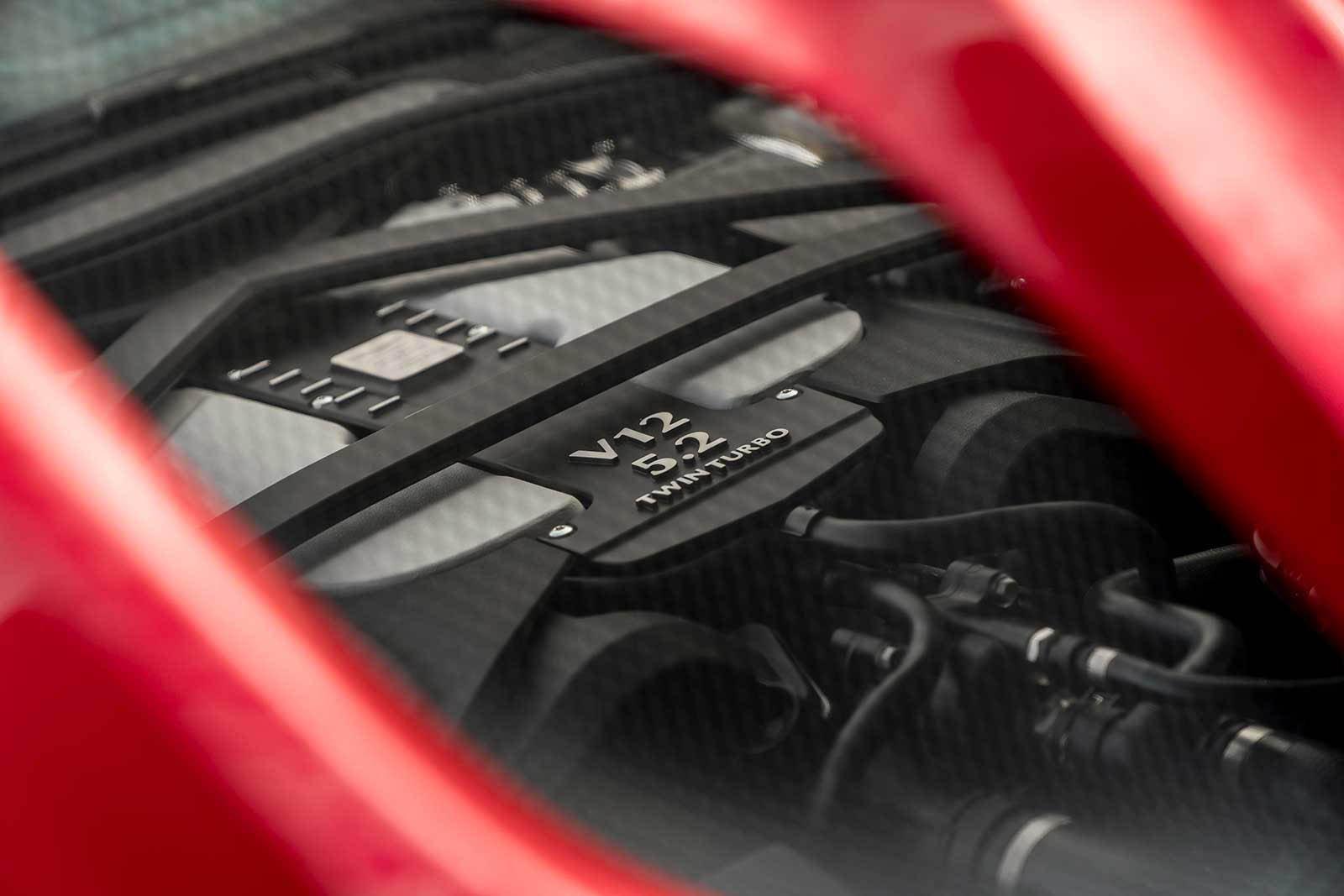 Aston Martin DBS Superleggera 2019 (31)