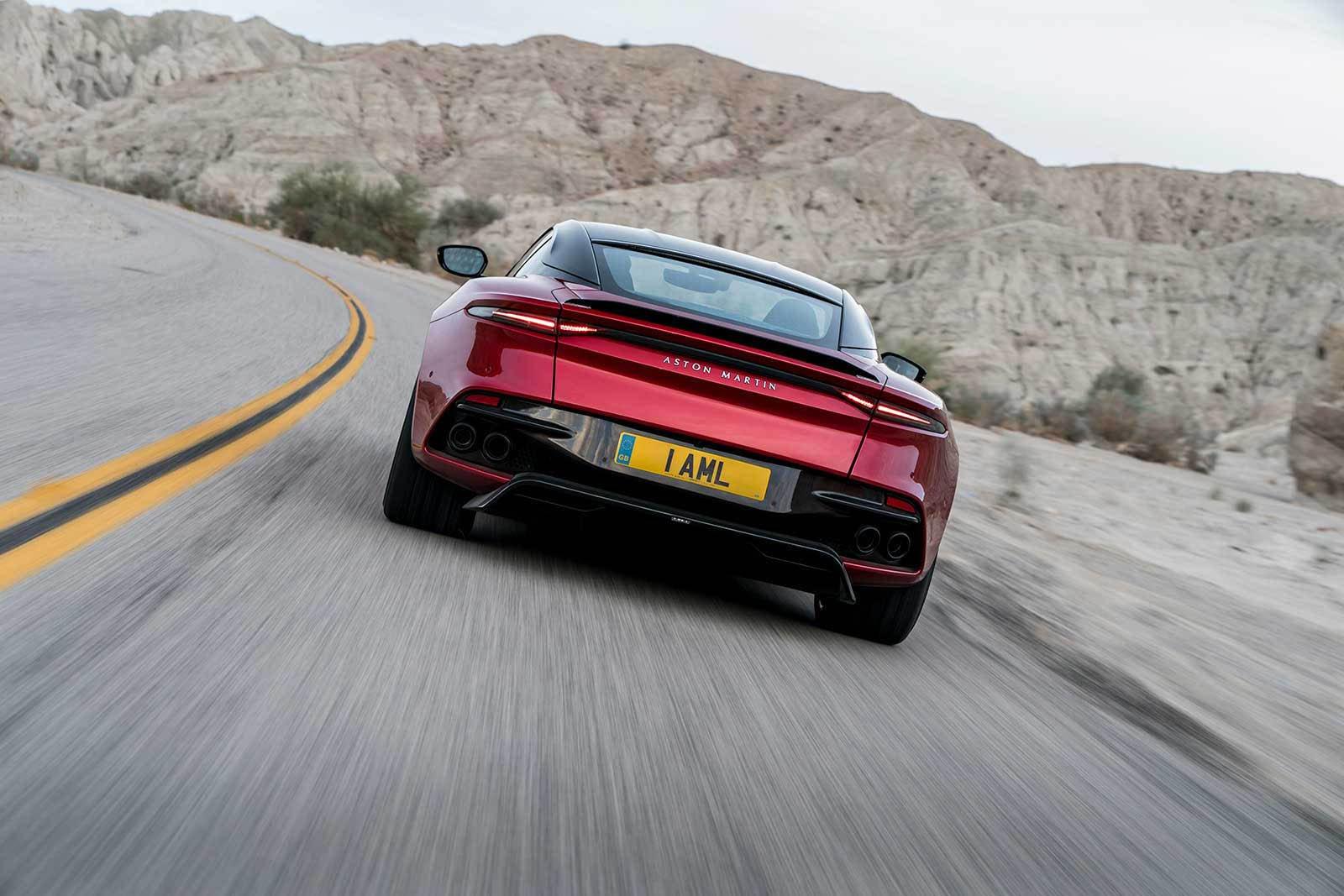 Aston Martin DBS Superleggera 2019 (8)