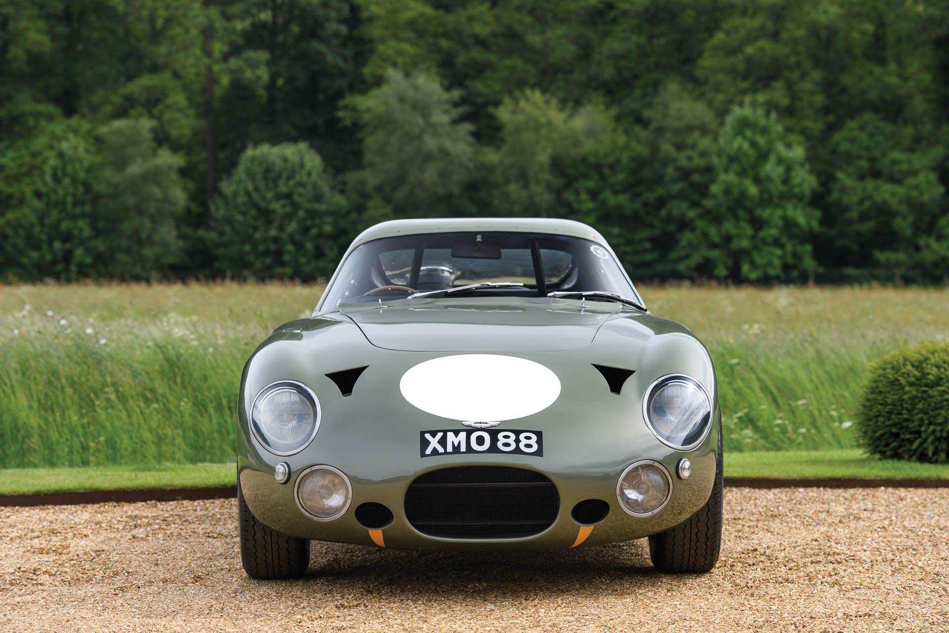 Aston Martin DP215 1963 (11)
