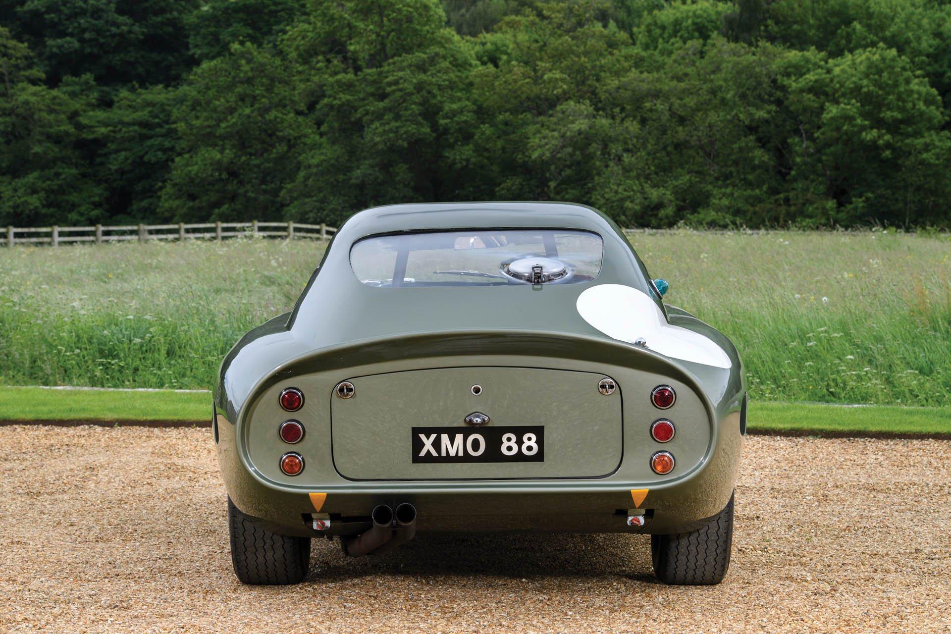 Aston Martin DP215 1963 (12)