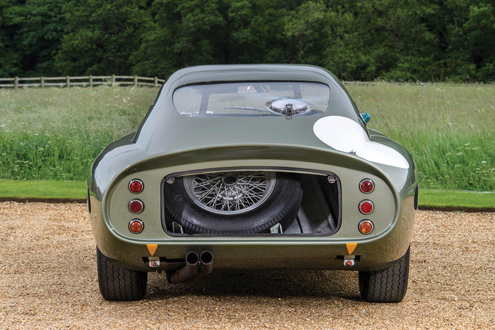Aston Martin DP215 1963 (13)