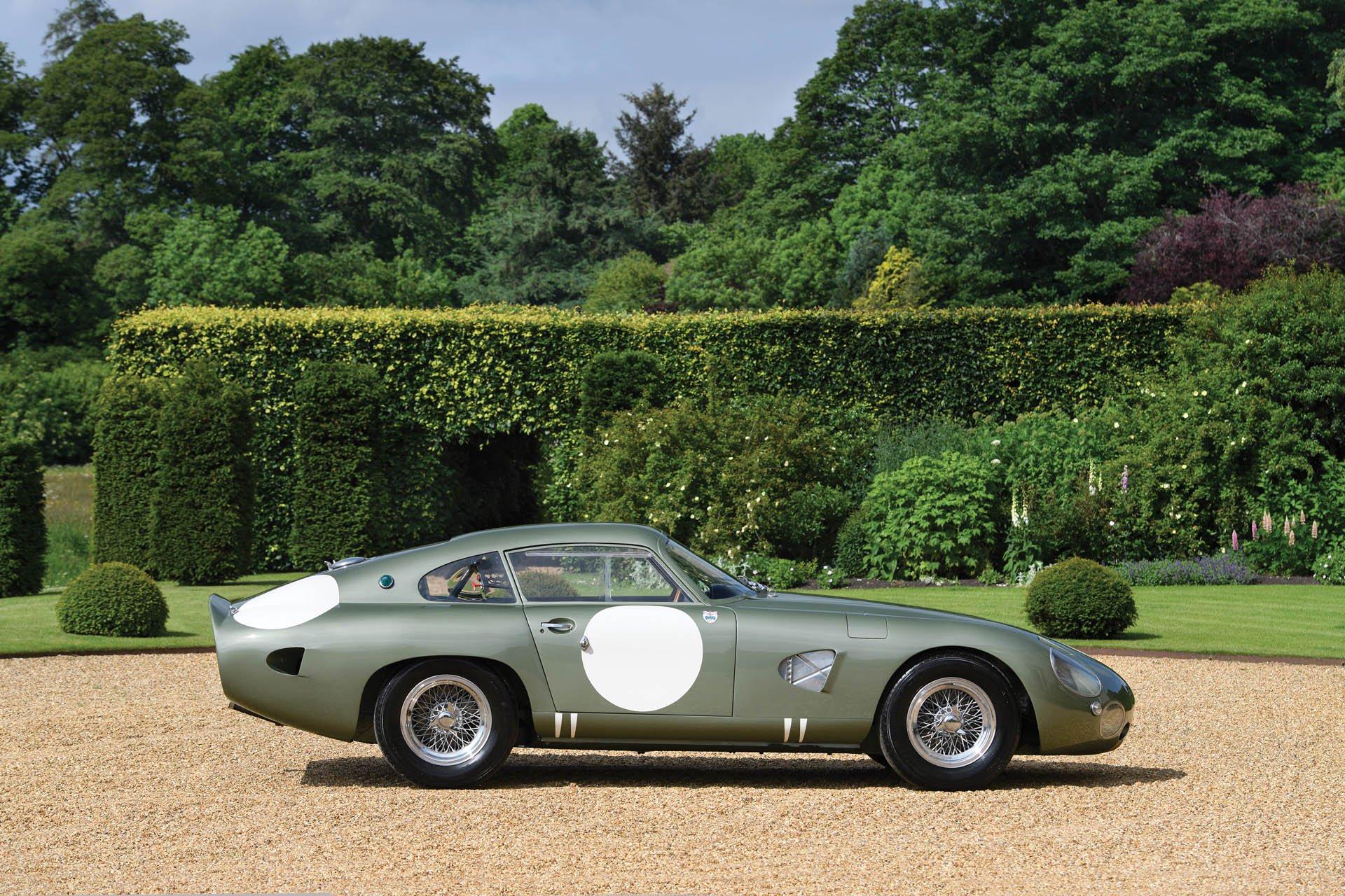 Aston Martin DP215 1963 (17)