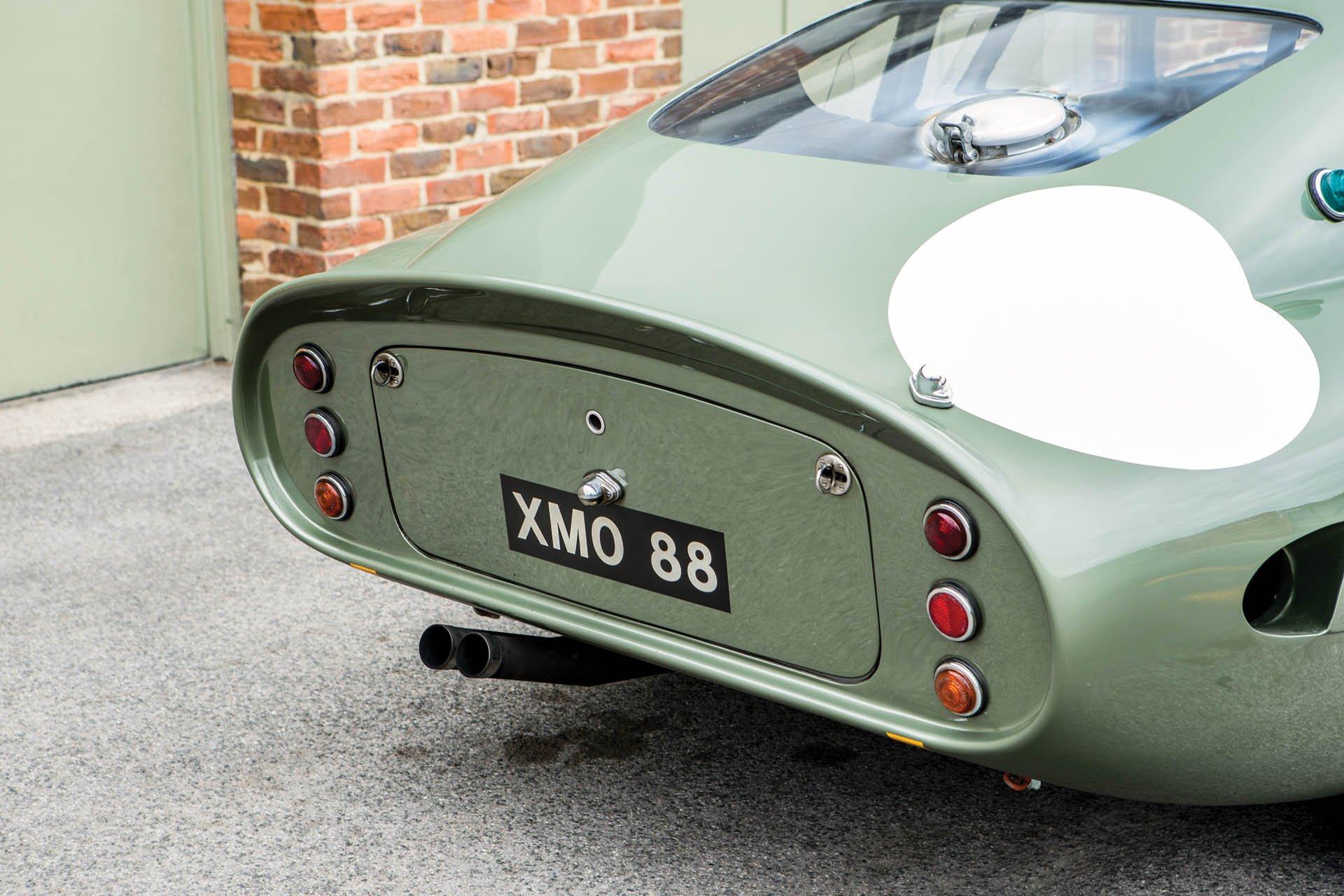Aston Martin DP215 1963 (19)