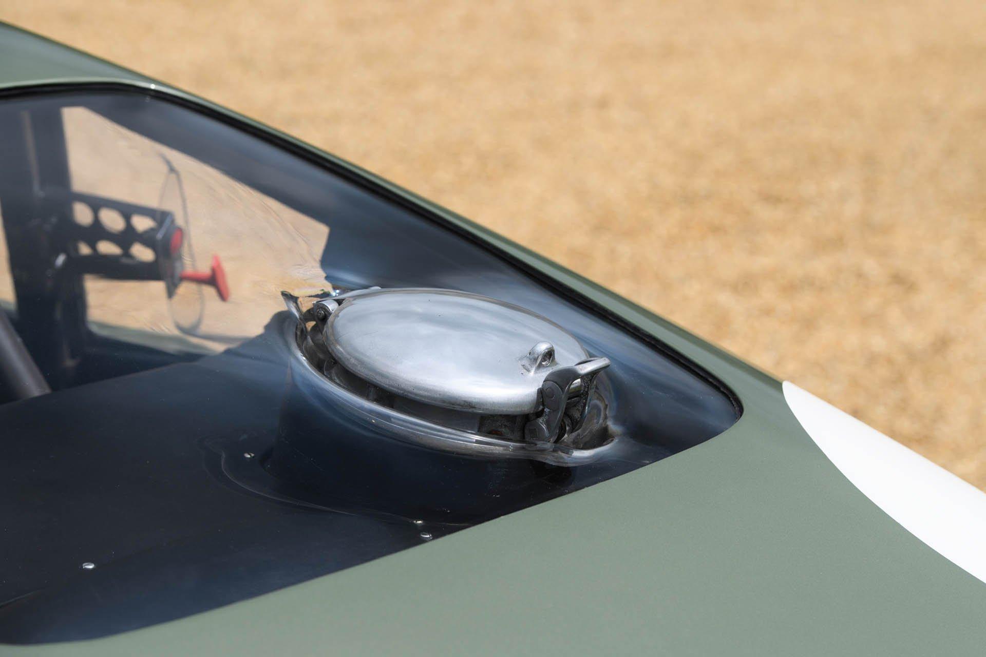 Aston Martin DP215 1963 (23)