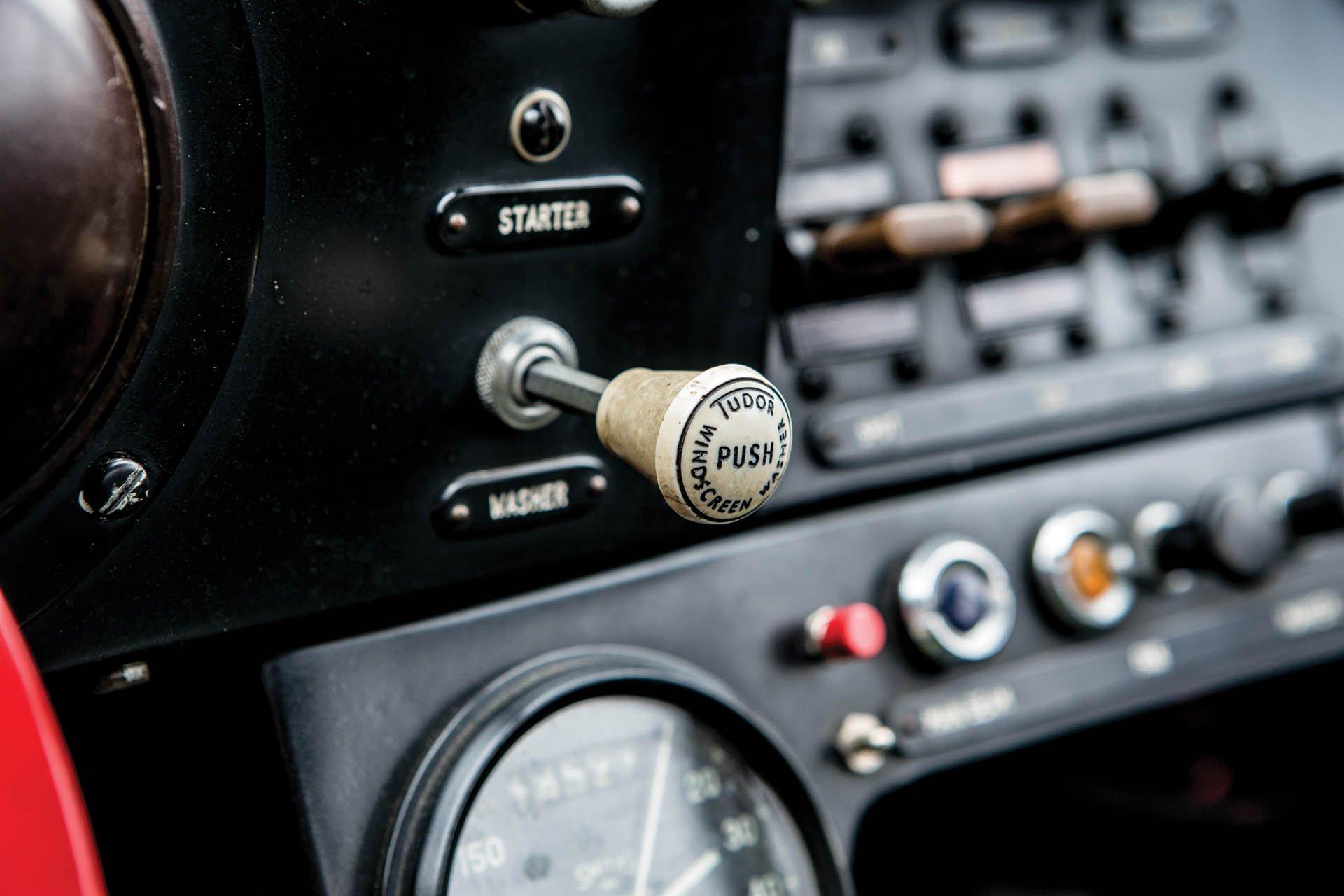 Aston Martin DP215 1963 (42)