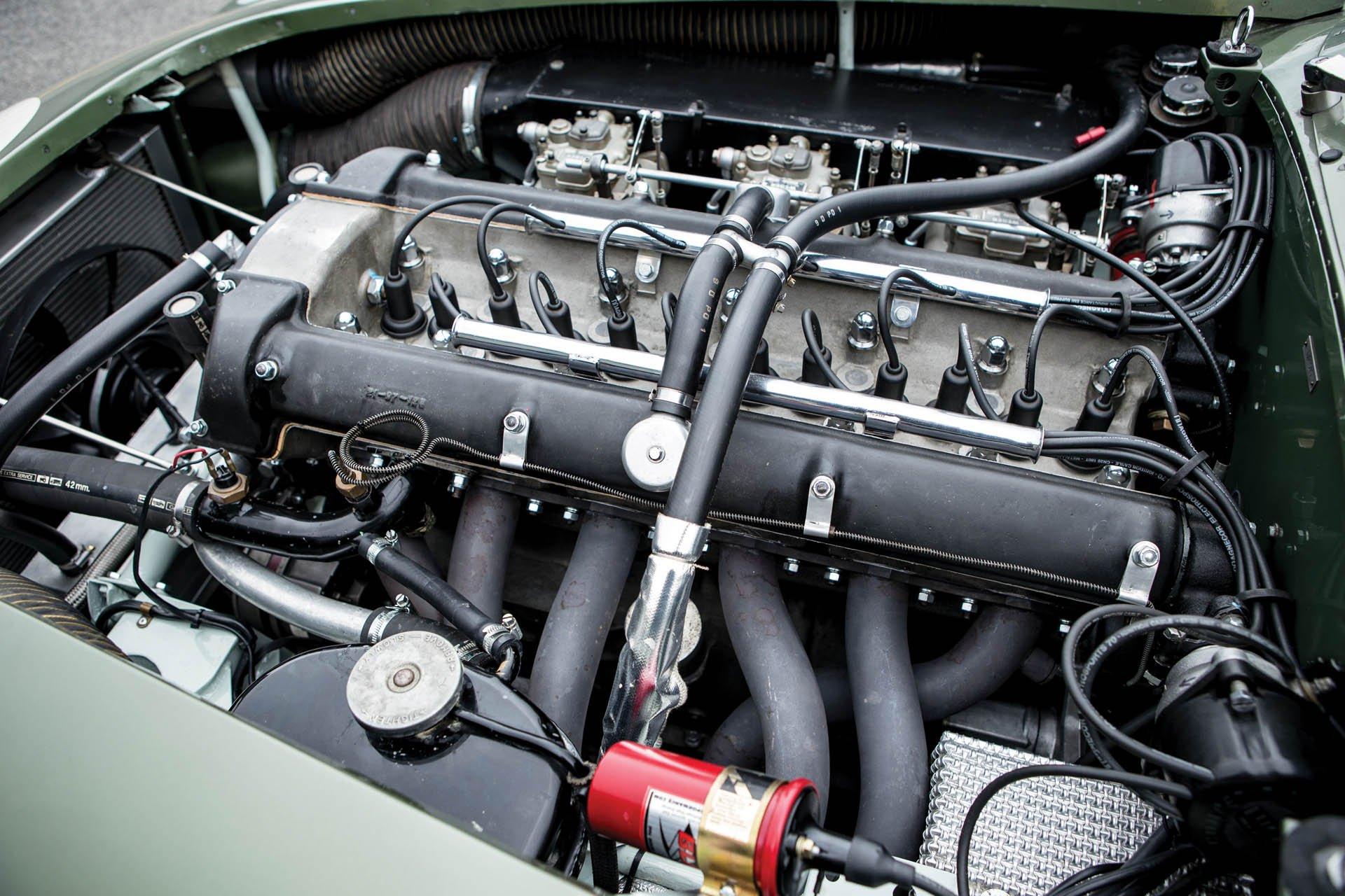 Aston Martin DP215 1963 (55)