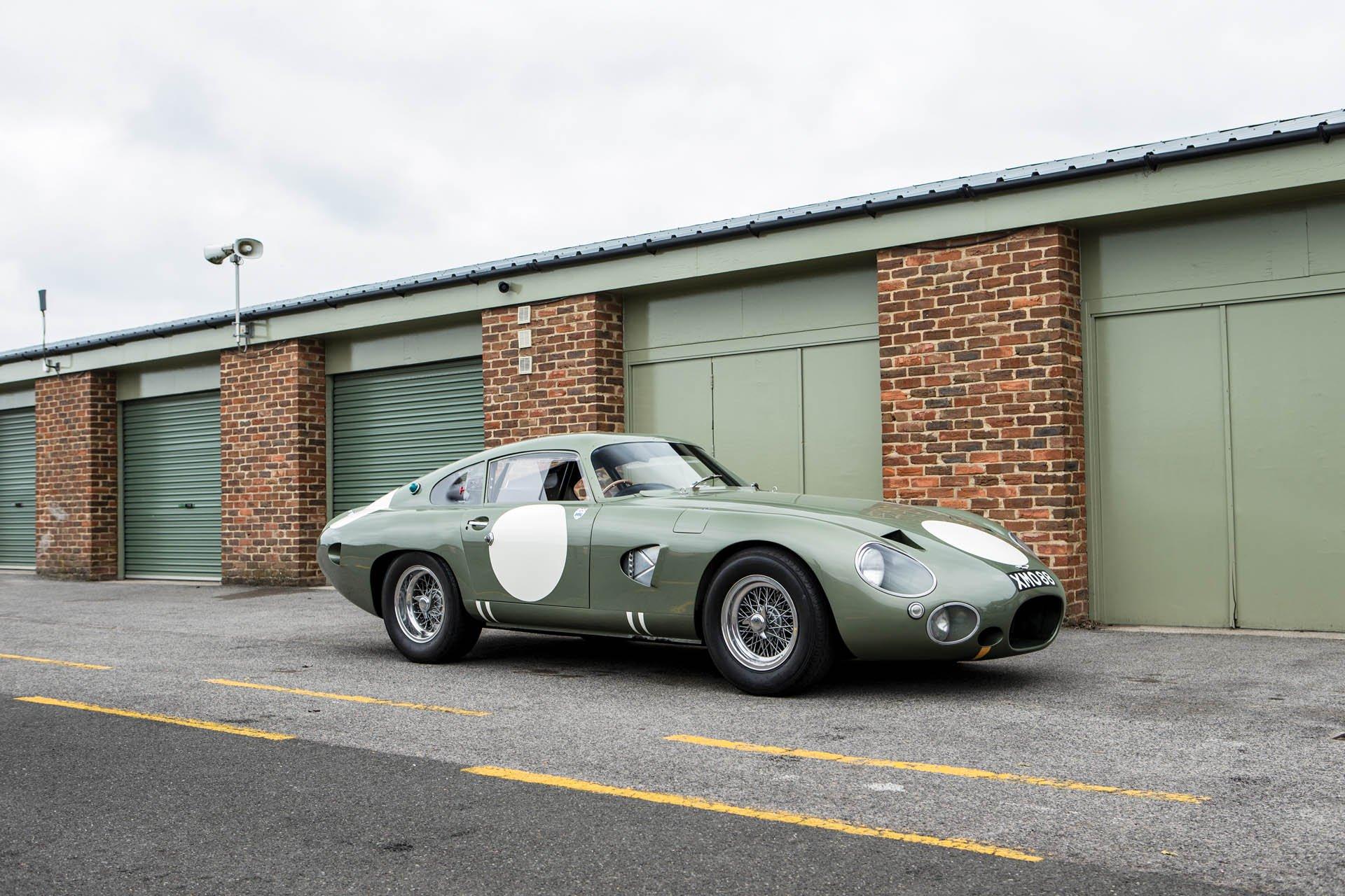 Aston Martin DP215 1963 (6)