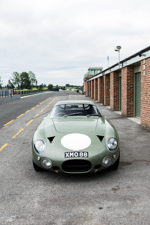 Aston Martin DP215 1963 (9)