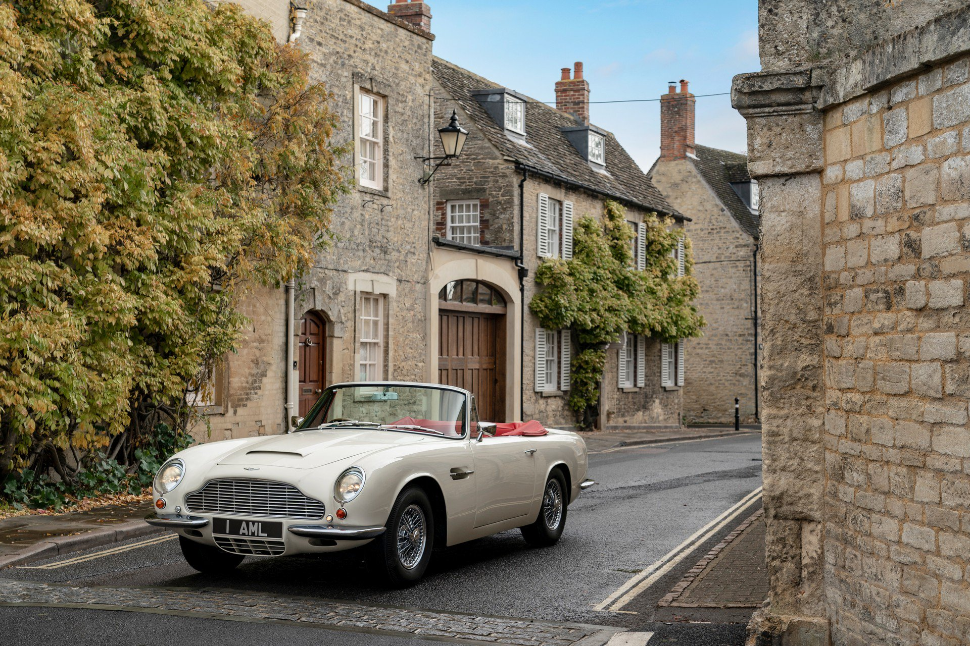 Aston Martin Heritage EV Concept (2)
