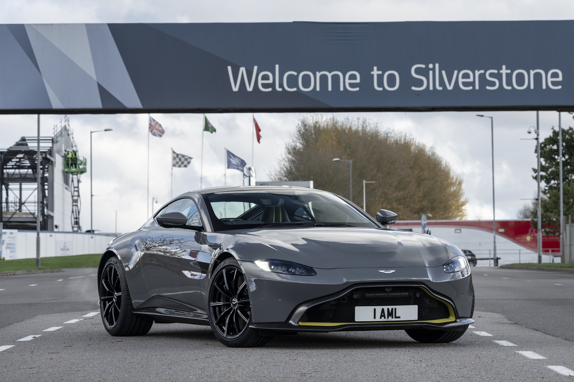 Aston Martin Stowe Circuit_01