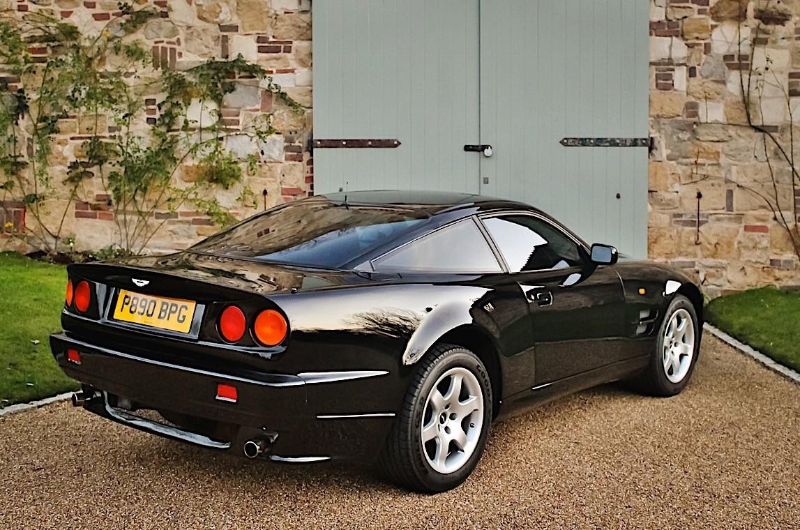 Aston Martin V8 Vantage Elton John (7)