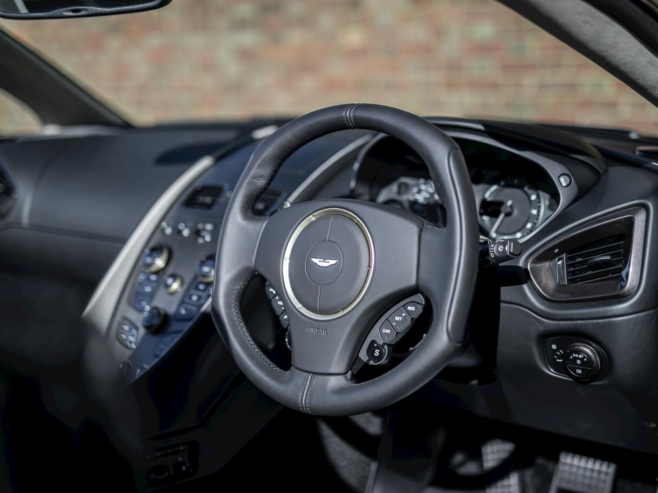 Aston_Martin_Vanquish_Zagato_Volante_0012