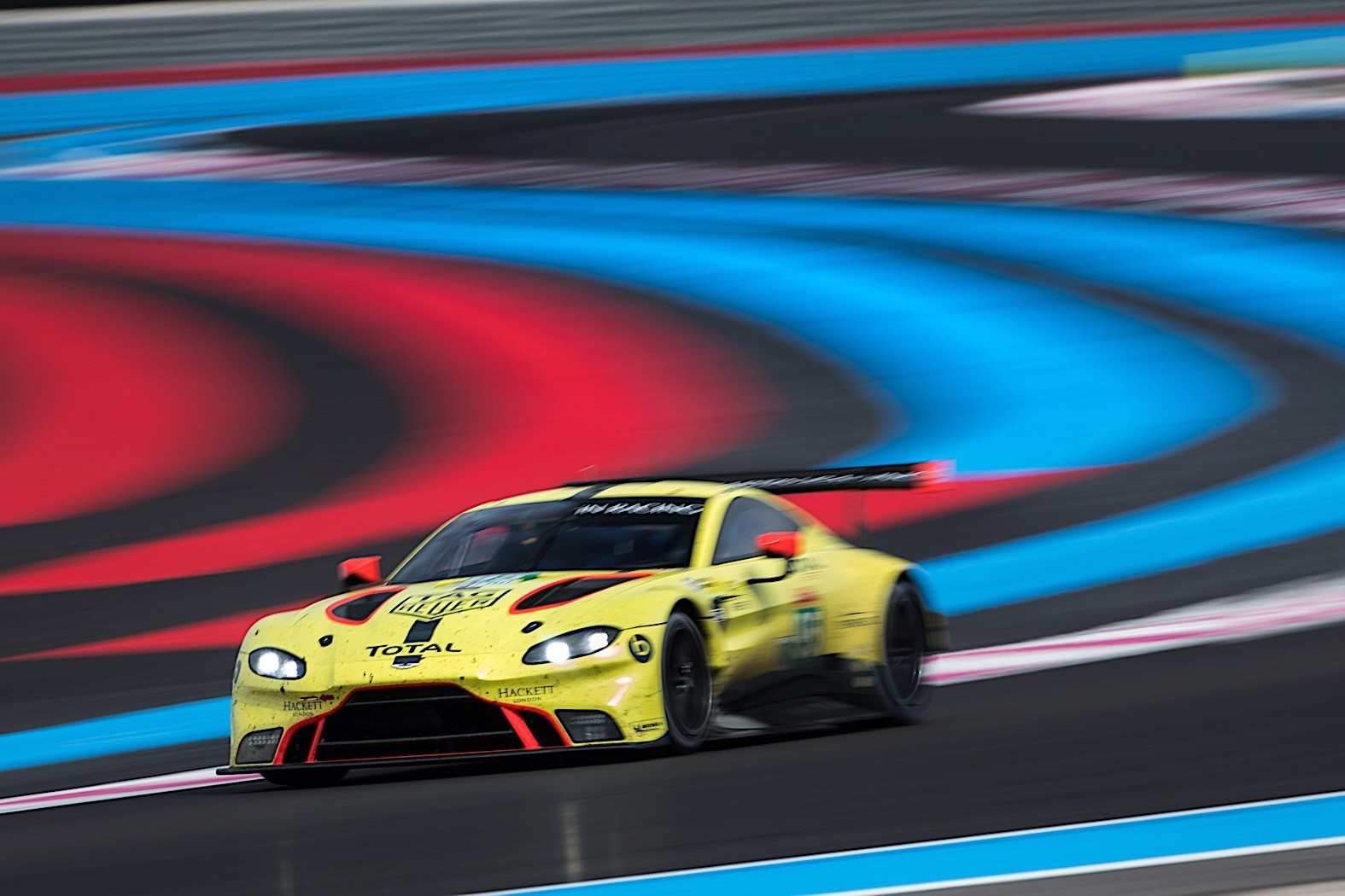 Aston_Martin_Vantage_GTE_0008