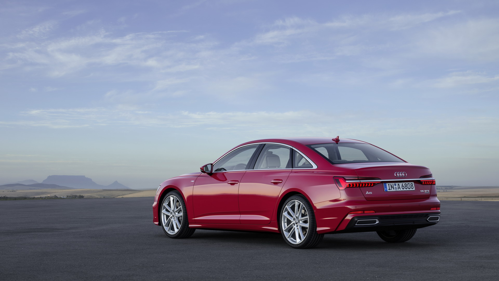 Audi A6 2018 (4)