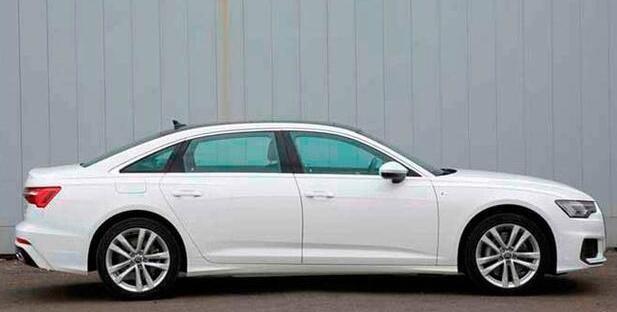 Audi A6 L 2019 (4)
