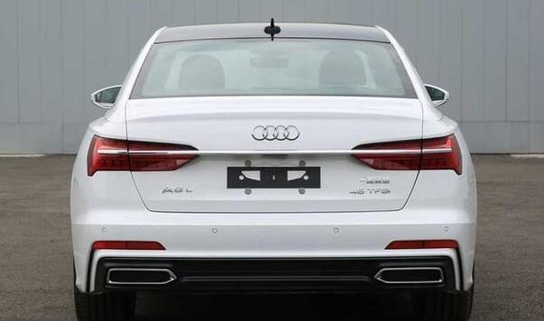 Audi A6 L 2019 (8)