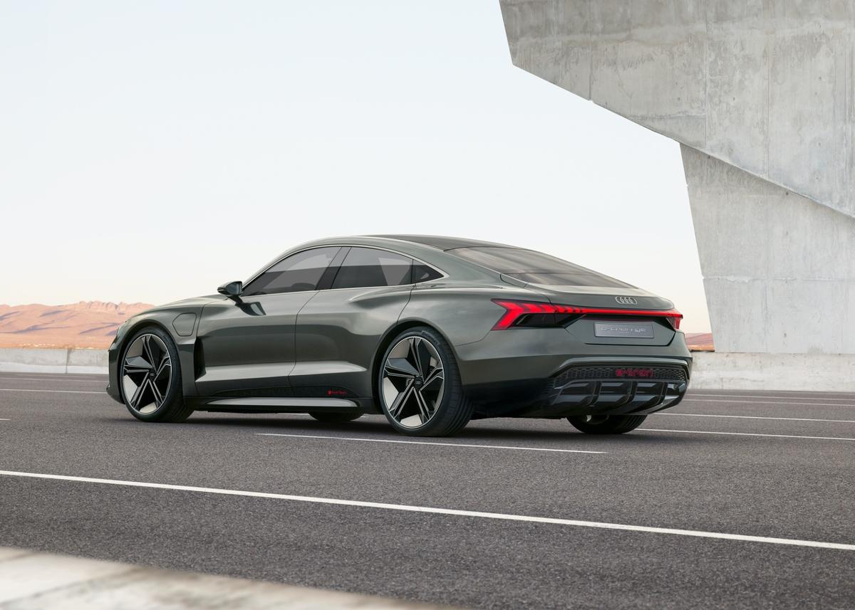 Audi e-tron GT leaked photos (4)