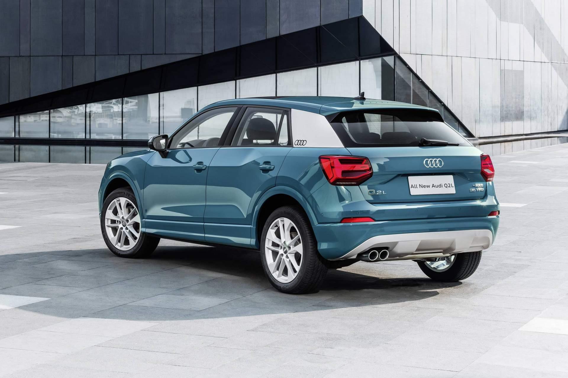 Audi_Q2_L_0025