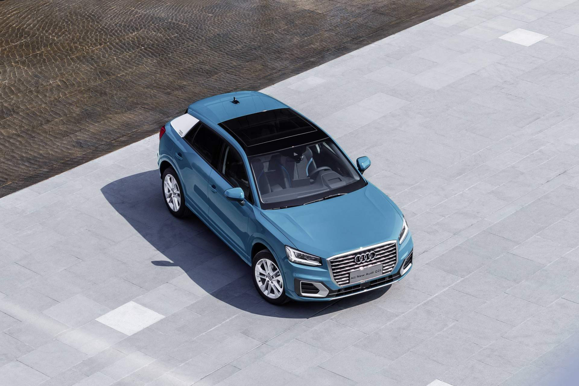 Audi_Q2_L_0035