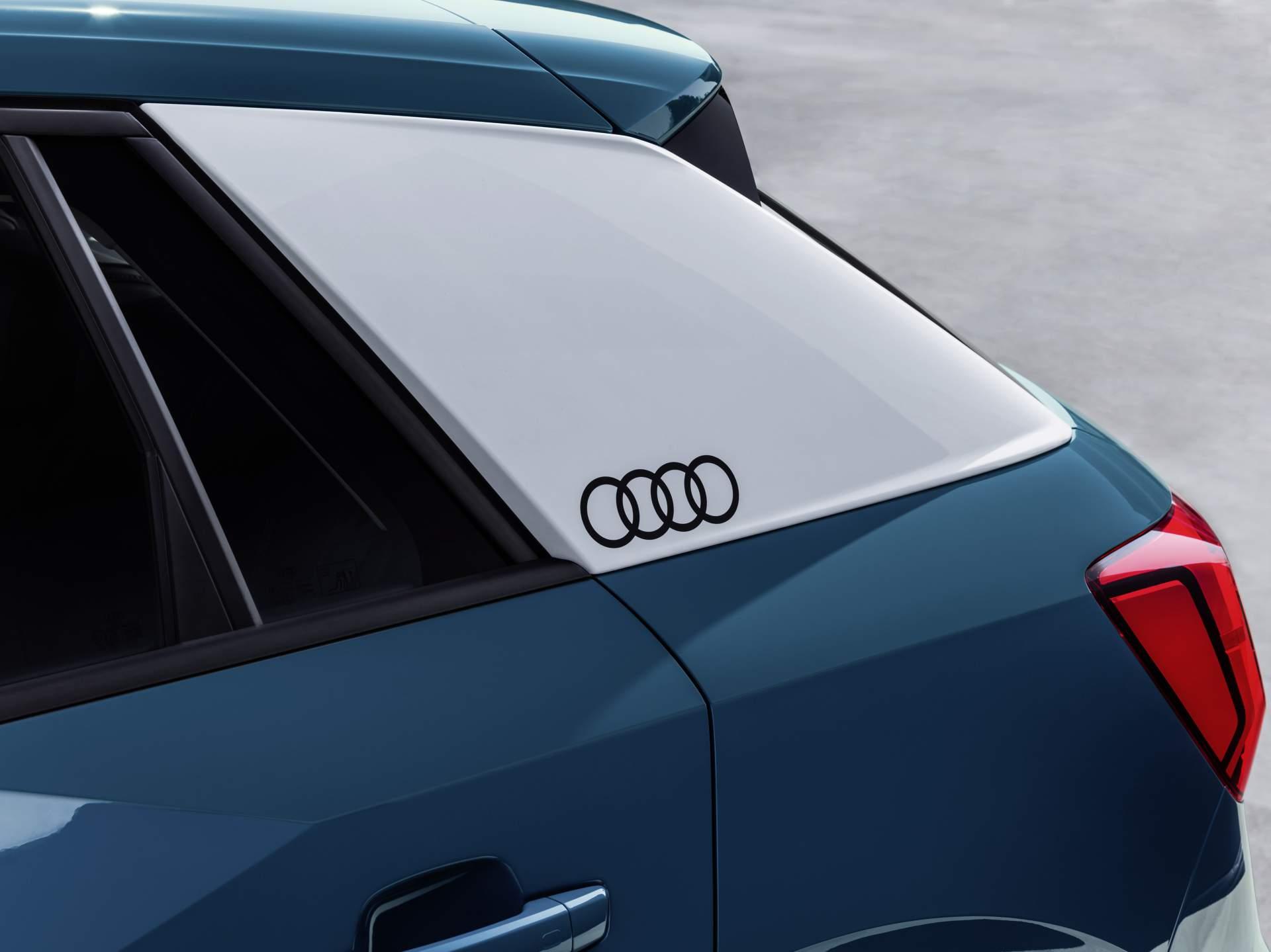 Audi_Q2_L_0038