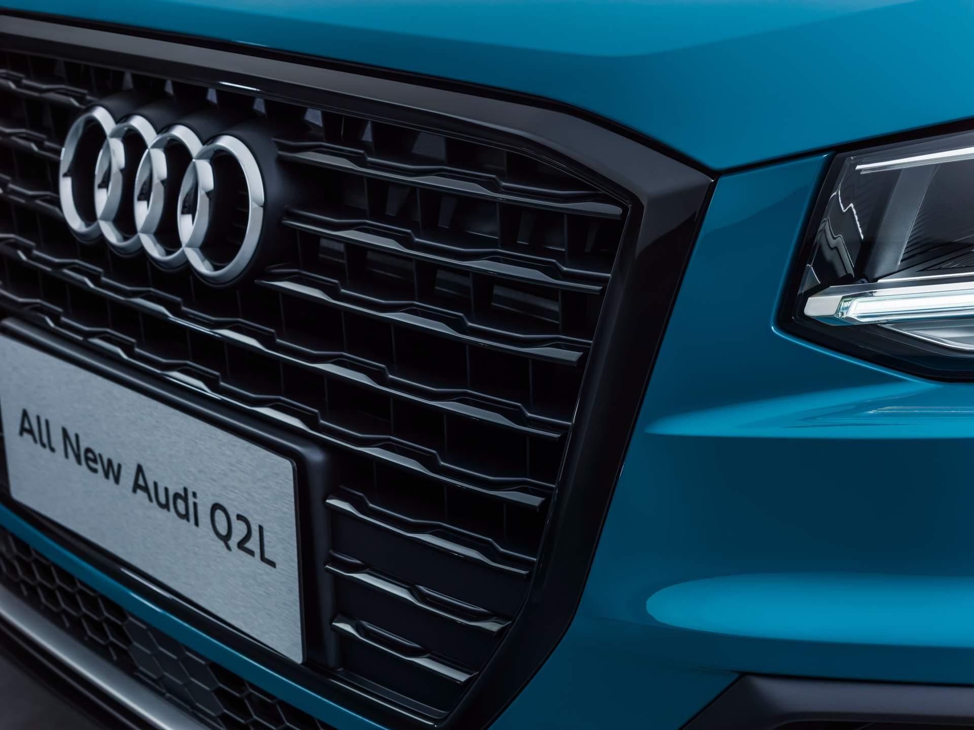 Audi_Q2_L_0041