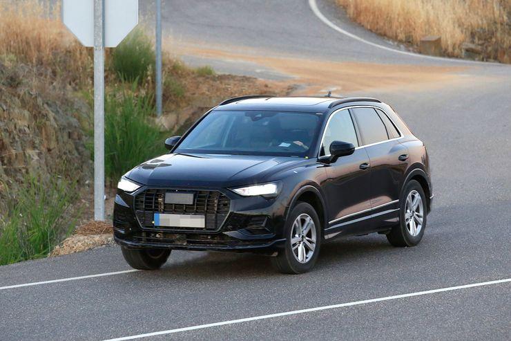 Audi Q3 2019 (4)
