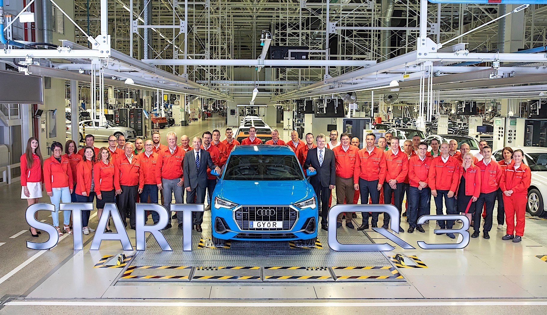 Audi Q3 production plant factory (4)