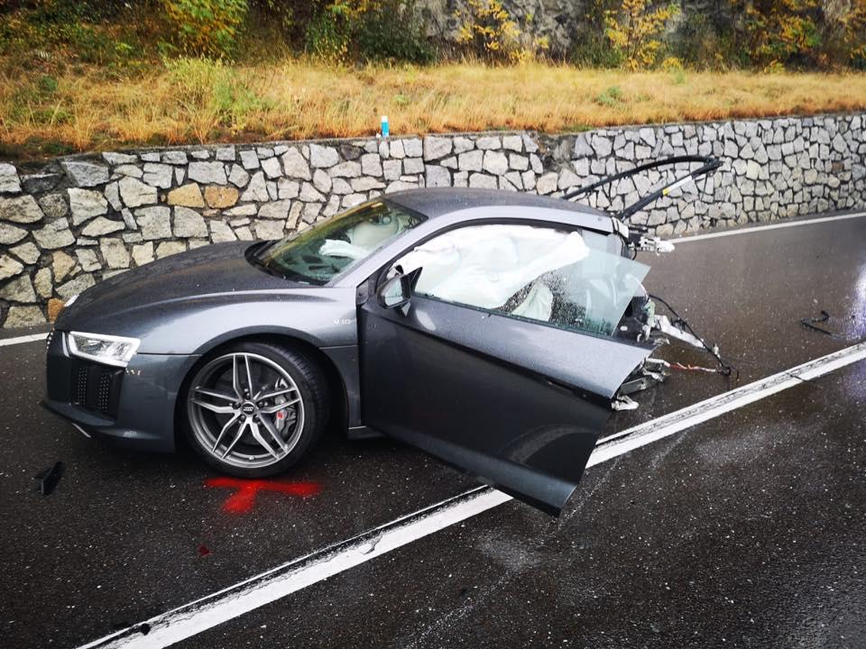 Audi_R8_crash_0000