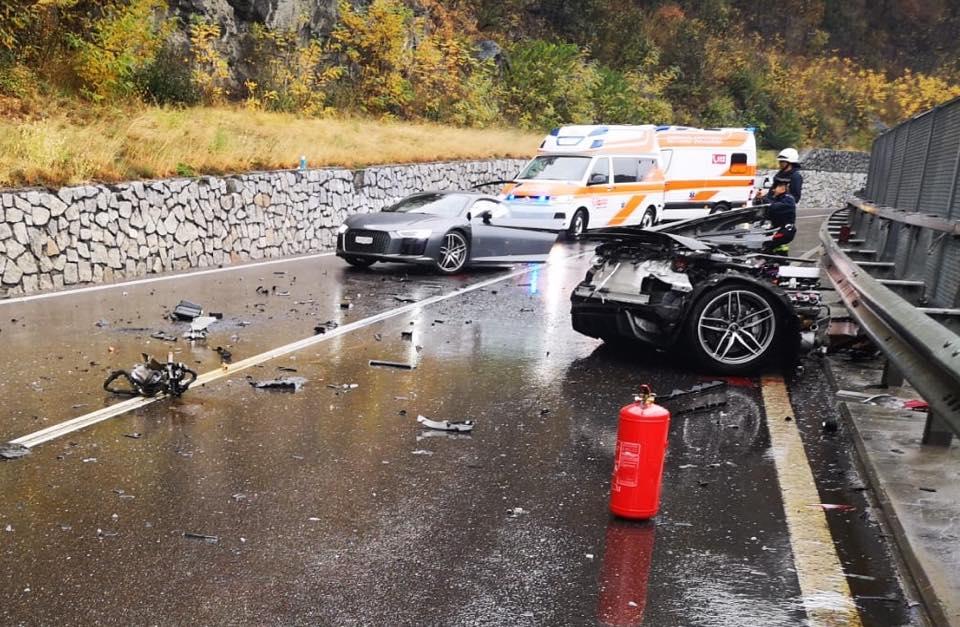 Audi_R8_crash_0003