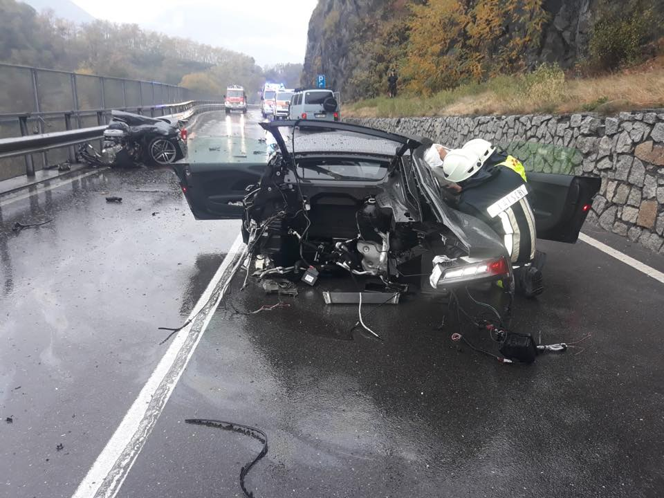Audi_R8_crash_0004