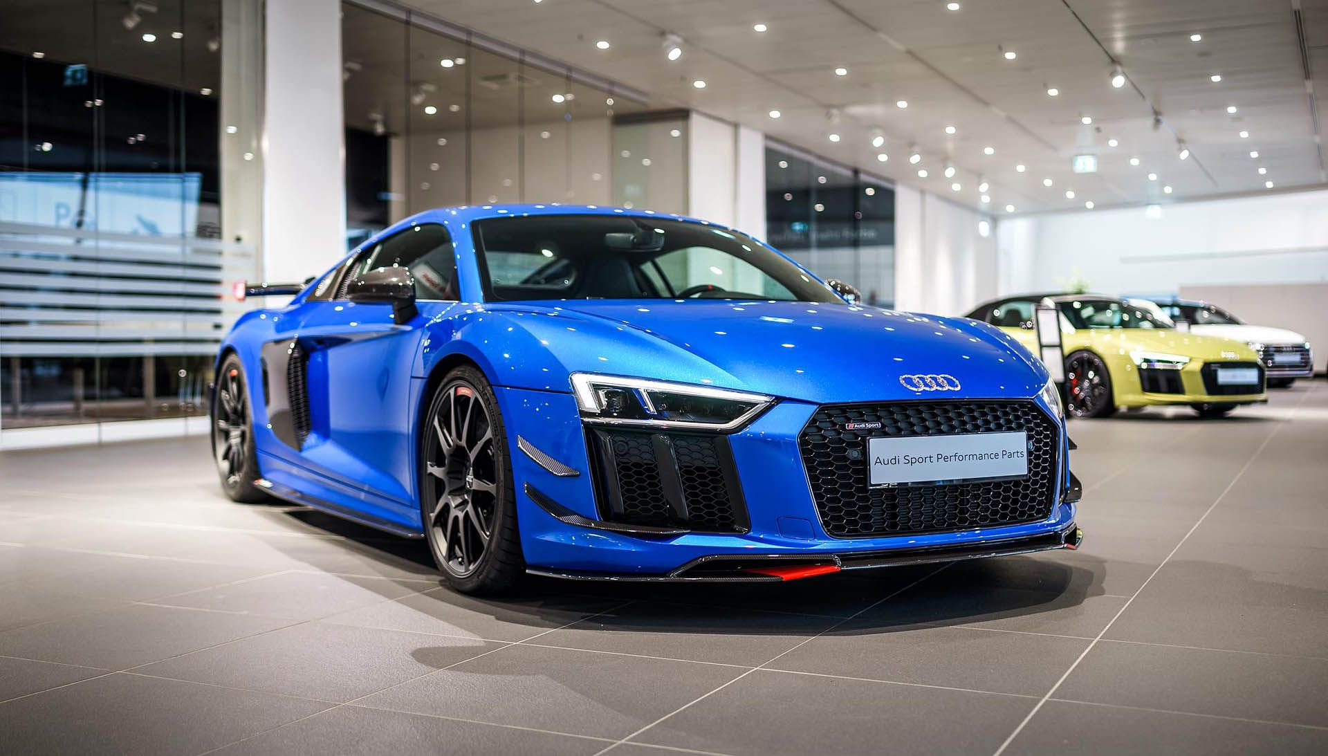 Audi_R8_V10_Plus_Performance_Parts_0002