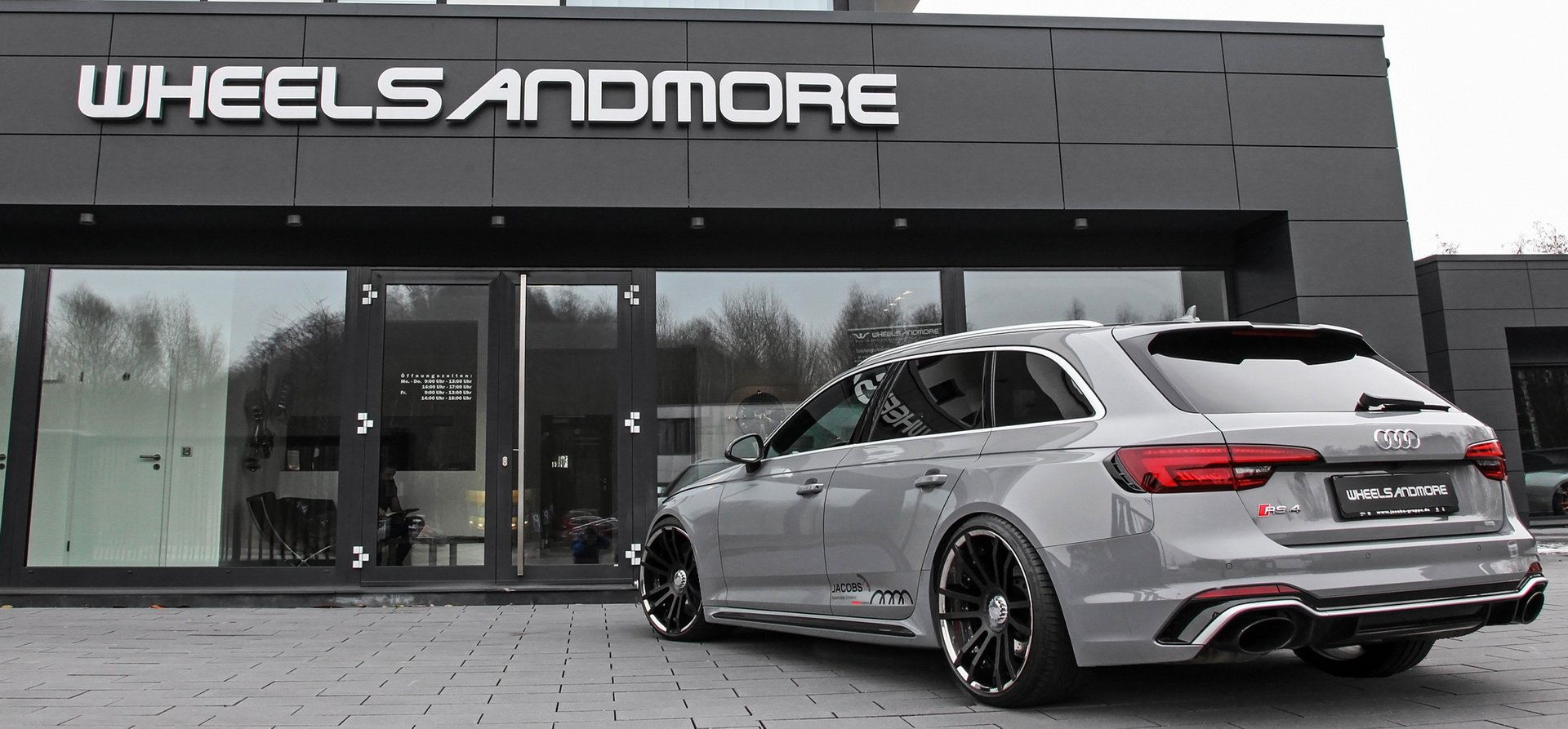 Audi RS4 Avant by Wheelsandmore (2)