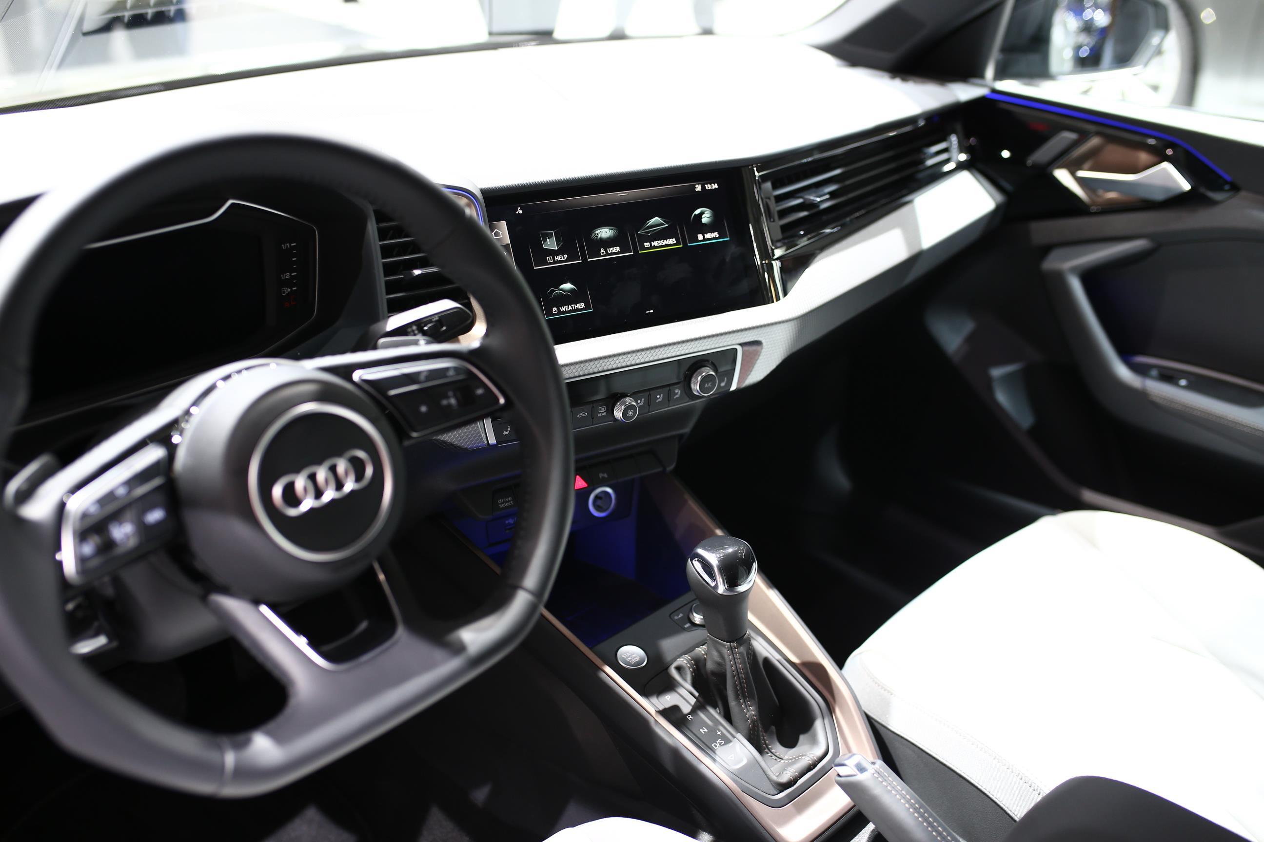 Audi SQ2 2019 (6)
