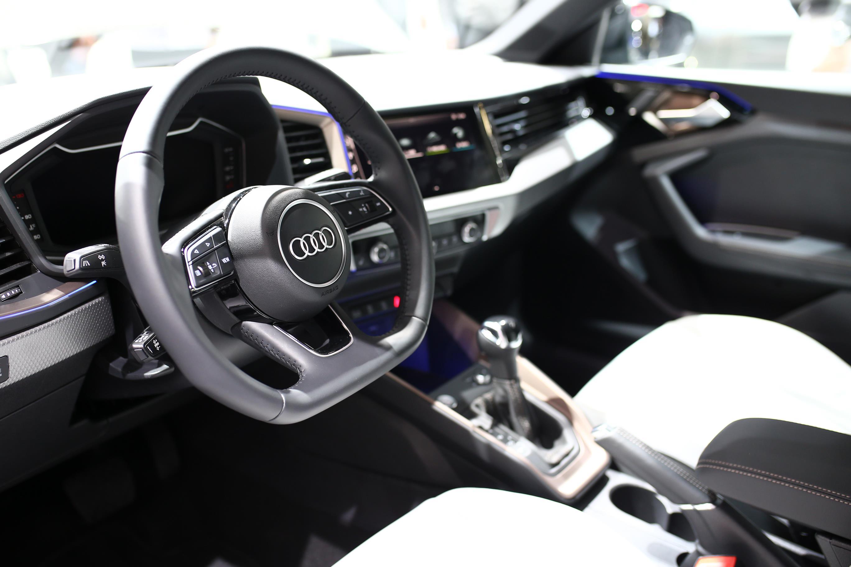 Audi SQ2 2019 (7)