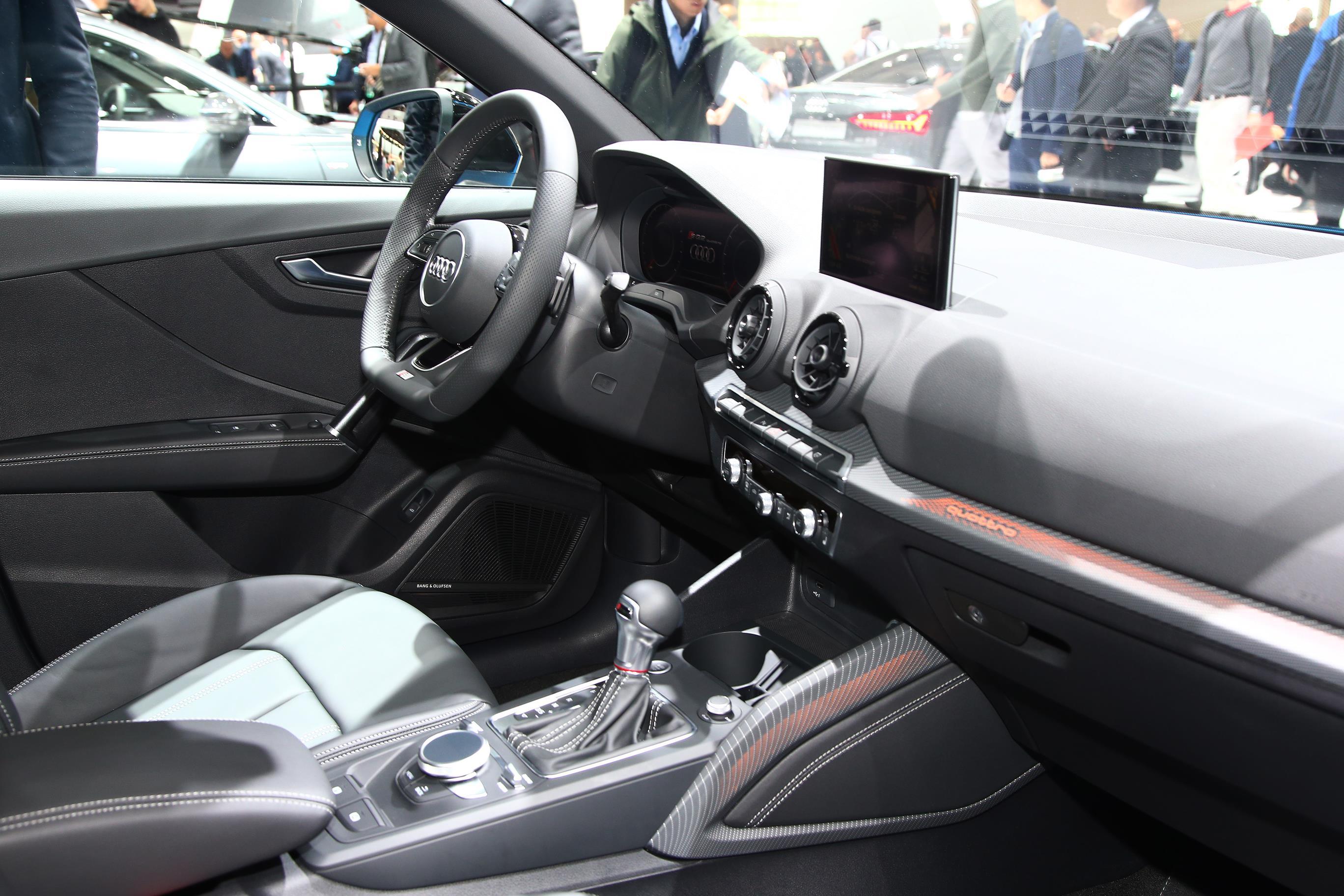 Audi SQ2 2019 (8)