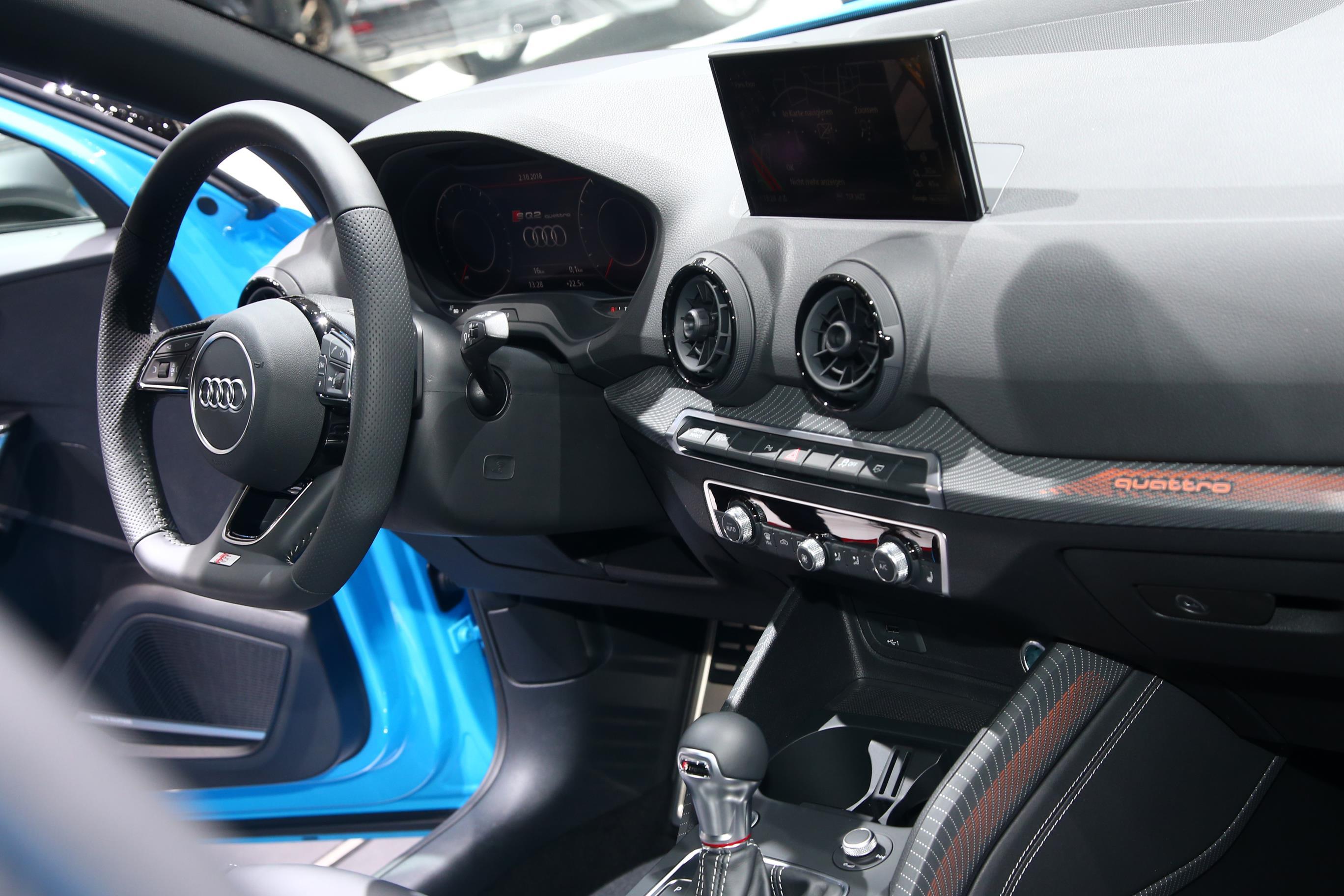 Audi SQ2 2019 (9)