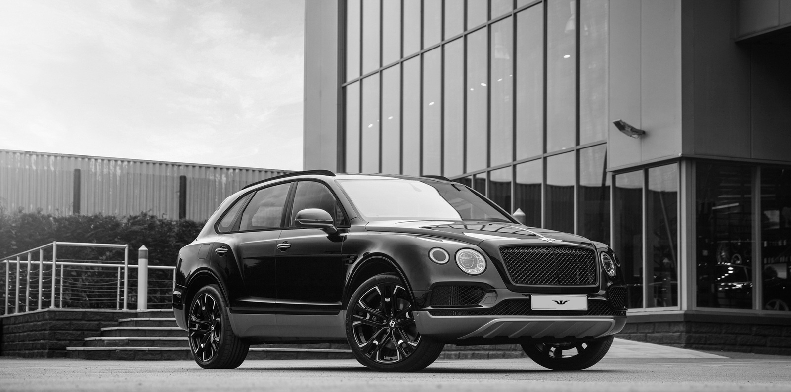 Bentley_Bentayga_by_Wheelsandmore_0000