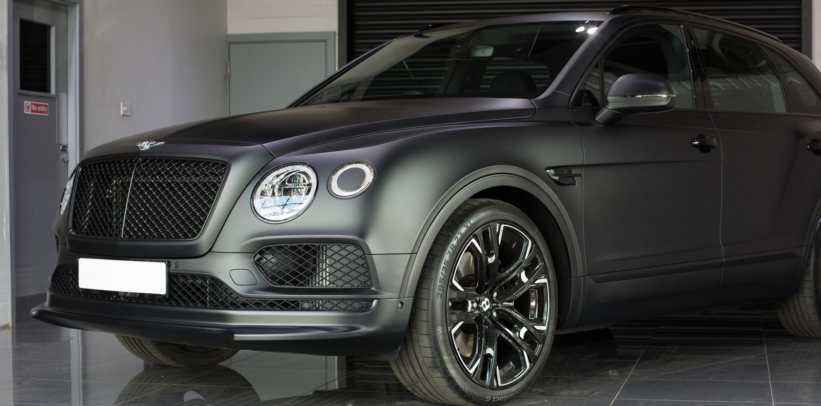 Bentley_Bentayga_by_Wheelsandmore_0002