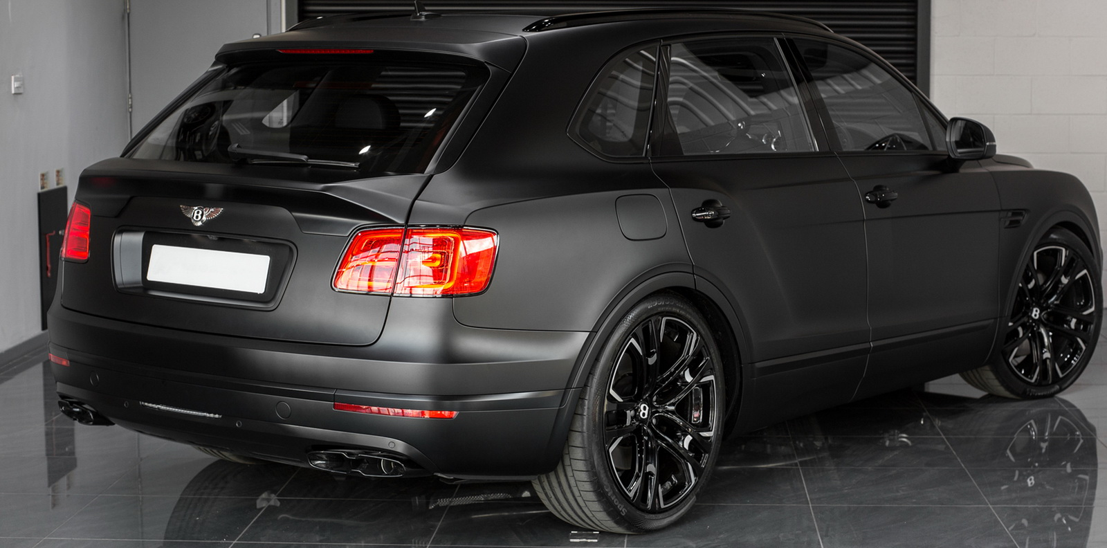 Bentley_Bentayga_by_Wheelsandmore_0005